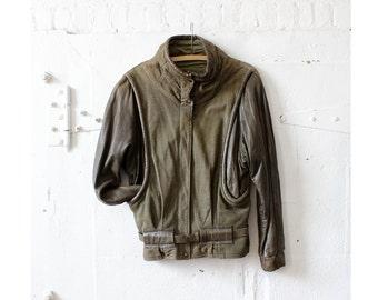 Olive Leather Jacket M • Oversized Jacket • Green Leather Jacket • 80s Coat • Green Coat • Grunge Jacket • Leather Coat • Fall Jacket | O269