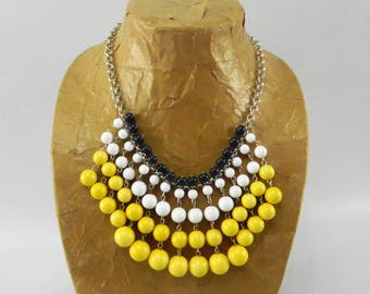 Vintage Chunky Bead Bib Necklace Navy Blue, White, Yellow 16-19 inches