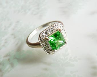 Vintage Sterling Silver Diamonique CZ Emerald and Diamond Ring DQCZ