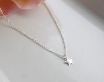 Tiny Star necklace, silver star, star necklace, dainty jewelry, fun jewellery, trending, fashion jewellery