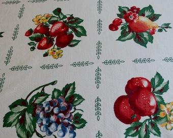 """Pretty 1940s Vintage Cotton Fruit Tablecloth  50 3/8"""" x 48"""""""