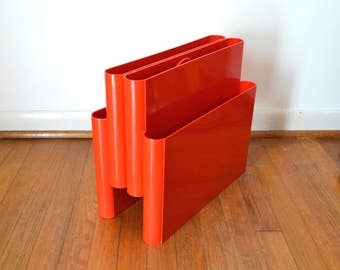 Mid Century Red Magazine Rack by Giotto Stoppino for Kartell 4676