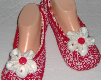 """Crocheted slippers, house shoes, bedroom slippers, for women, teen and girls, fit shoe size 5 to 6 inches, with foot length 9"""" long"""