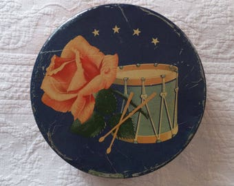 Vintage Americana Mrs Stevens 4th of July Stars Drum Pink Rose Candy Tin Container
