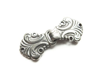 Norwegian Sweater Clasps Pewter Frogs / Antiqued Silver Color Clasp ONE SET Hook and Loop Closure Knitting Supplies Craft Supply Lot No. 24