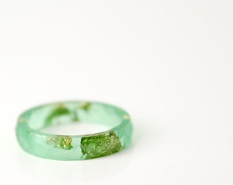 jade green with gold leaf size 8 thin multifaceted eco resin ring