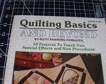 Quilting Basics and Beyond / #8325 Plaid / Ruth P. Romaker / 10 Quilt Projects / Vintage 1988 Quilt Pattern Booklet / Sampler Pattern