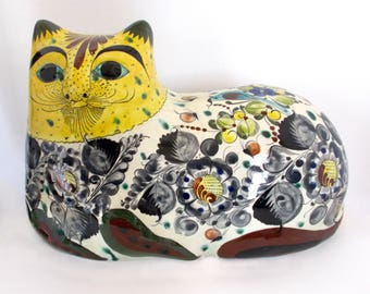 1970's Mexican Folk Art Ceramic Hand Painted Cat — No 3819