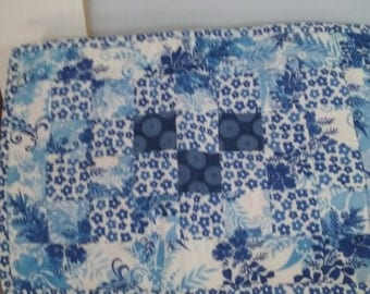 Set of 4 Placemates quilted  blue print