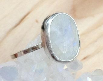 White Moonstone Ring, Rainbow Moonstone Bezel Ring, White Stone Ring, Handmade Moonstone Ring, Modern Ring, Simple Stone Ring