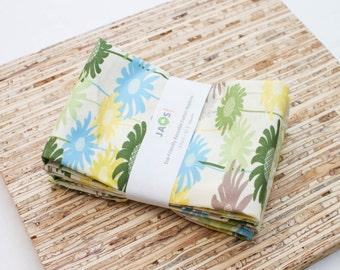 Large Cloth Napkins - Set of 4 - (N1087) - Green Daydream Flower Modern Reusable Fabric Napkins