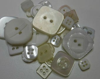 25 Off White Square Buttons Multi Sizes