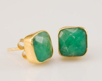 40 OFF - Chrysoprase Stud Earrings - Cushion Cut Chrysoprase Stud Post Earrings - Gold Stud Gemstone Earrings