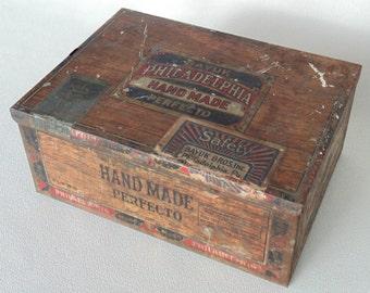 Metal Cigar Box Bayuk Hand Made Perfecto Philadelphia PA