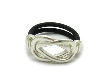Sterling silver ring with rubber solid 925 stylish pendant