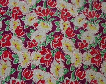 "Vintage Feedsack Fabric, 36 x 46 1/2"", Pretty Floral, Nice Colors"