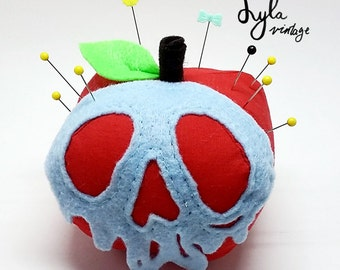 Poisoned apple plush (pins not included)