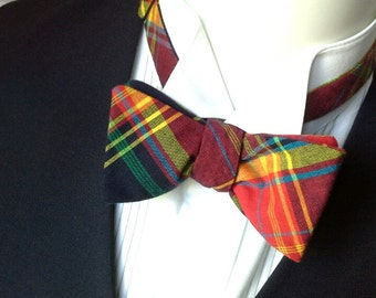 Bow tie, plaid, mens bowtie, bow tie for him, handmade by Bagzetoile in France, ships worldwide.