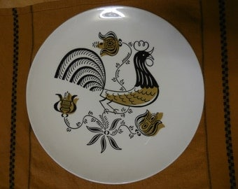 Vintage 1950s Black and Gold Plate for Use or Display Rooster Good Morning By Royal Dinner Decorative Plate Retro Kitchen