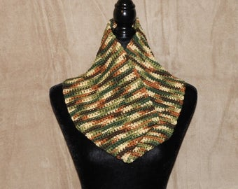 Crocheted Wide Cowl