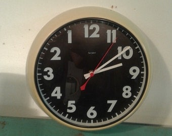 "vintage reverse  wall clock by ""ACCUTEC"" Designs limited made in England"