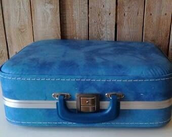 Blue Suite Case, Vintage carrying case, Luggage, carry on, Vintage Wedding card case, 1950's