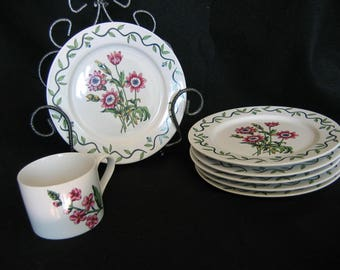 International China Garden Party 073 Floral Salad/Sandwich Plates & Cup