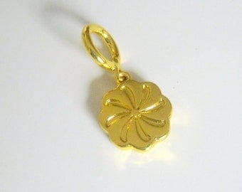 Gold Plated flower Charm, 15mm, Jewelry Supplies