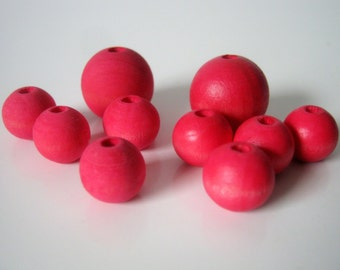 Medium Petal Pink Hand Dyed Wood Beads, Jewelry Supplies, General Crafts