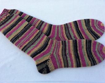 womens and mens wool socks Uk 5-7 US 7-9 coloured socks patterned socks hand knitted wool socks ladies socks unique knitted socks