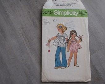 Vintage 1973 Child Smock Top, Bell Bottom Pants or Shorts Pattern - Simplicity 5649 -  Size 3 - Toddler