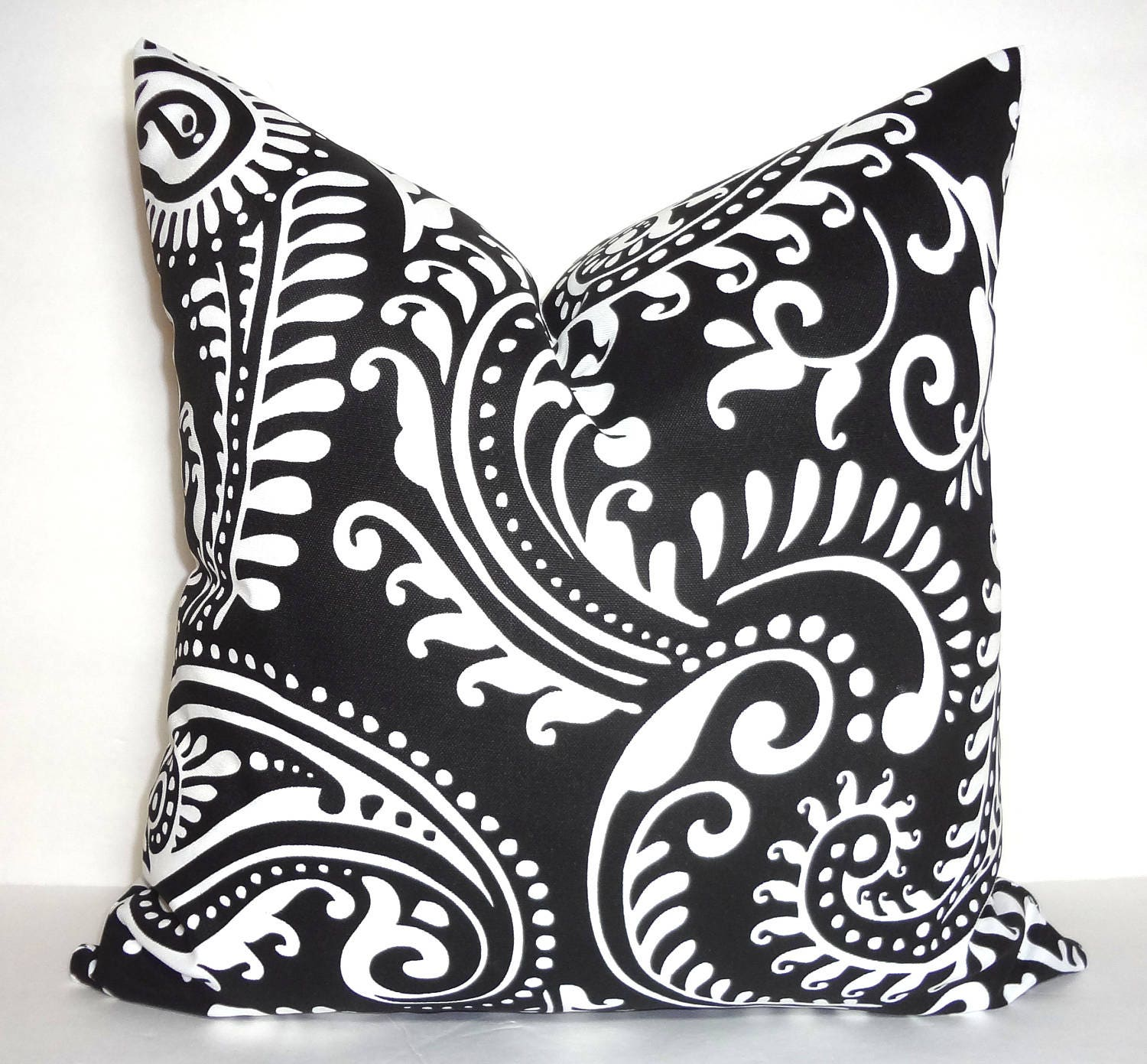 OUTDOOR Pillow Cover Black & White Paisley Design Patio Deck
