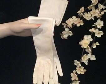 Vintage Long Ivory Cloth Bridal Wedding Gloves, Wedding Gloves, Bridal Gloves, Ivory  Gloves, Vintage Leather