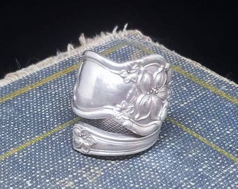 Size 10 Silver Spoon - W M Rogers & Son 1910 Vintage Spoon - Orange Blossom Design - Silver Spoon Jewelry - Silver Plated Ring
