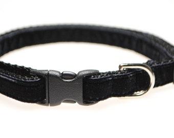 "Black Velvet 3/8"" Adjustable Cat Collar"