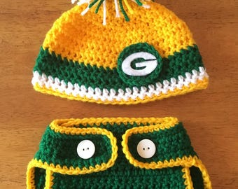 Crocheted Green Bay Packers Hat and Diaper Cover Set