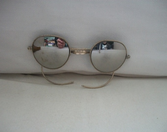 Vintage 1970's John Lennon Mirror Sun Glasses With Leather Pouch