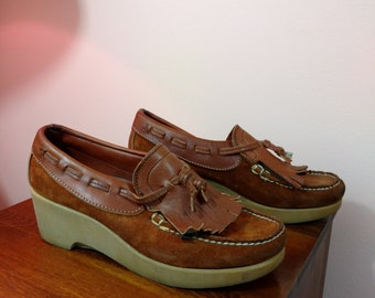 9 N Vintage Dexter Platform Moccasin Shoes