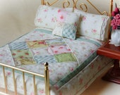 """Reversible Miniature 1:12 Scale Quilt with 2 Matching Bed Pillows & Decorator Pillow, """"Felicity"""" - One Inch Scale"""