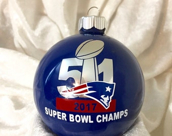 New England Patriots 2017 Super Bowl Champions Round Blue Glass Ornament