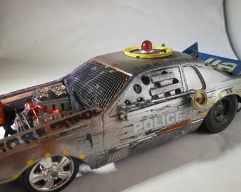 Scale Model Car,Vampire Police,Apocalypse Vehicle,Rusted Wreck,Junked Model