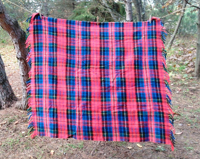 Vintage Wool Blanket - Plaid Throw - Wool Poncho