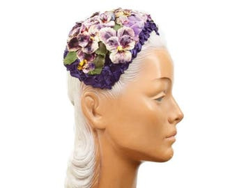 SPRING SALE 1950s Hat // Pansies Velvet Millinery Flower Purple Woven Straw Hat Headband Headpiece
