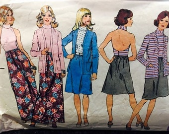 Simplicity 5399 Halter dress and cardigan/jacket