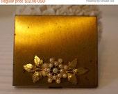 On Sale Vtg Lenel Gold Tone Powder Compact