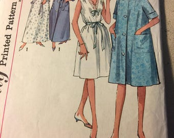 Simplicity  5001, bathrobe, nightgown , house dress, shift