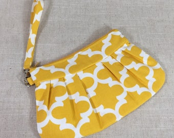 Yellow Clutch with Wrist Strap | Yellow Wristlet | Party Accessory | Spring Clutch with Detachable Strap | Clutch Purse | Dinner Clutch