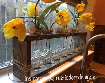 Farmhouse Table Vase, Rustica decor Vase, urban wood window sill flower box, Modern decor, Mason jar, wall hanging, Wooden Flower Glass