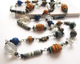 Retro The Limited Boho Tribal Tan Wood Blue Bead Distressed Silver Necklace V39