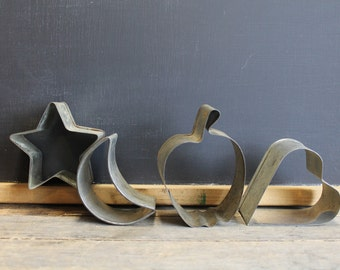 4 Vintage Cookie Cutter Shapes // Star, Moon, Apple, Heart